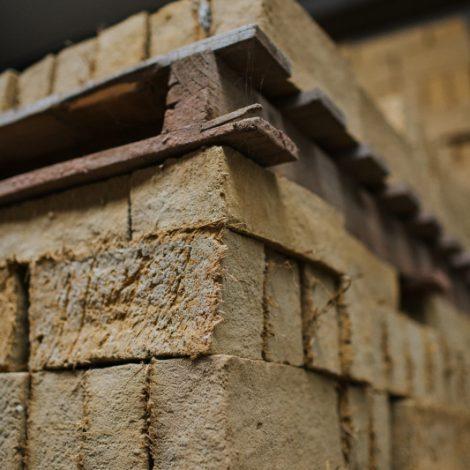 Corner angle of stacked strockette blocks